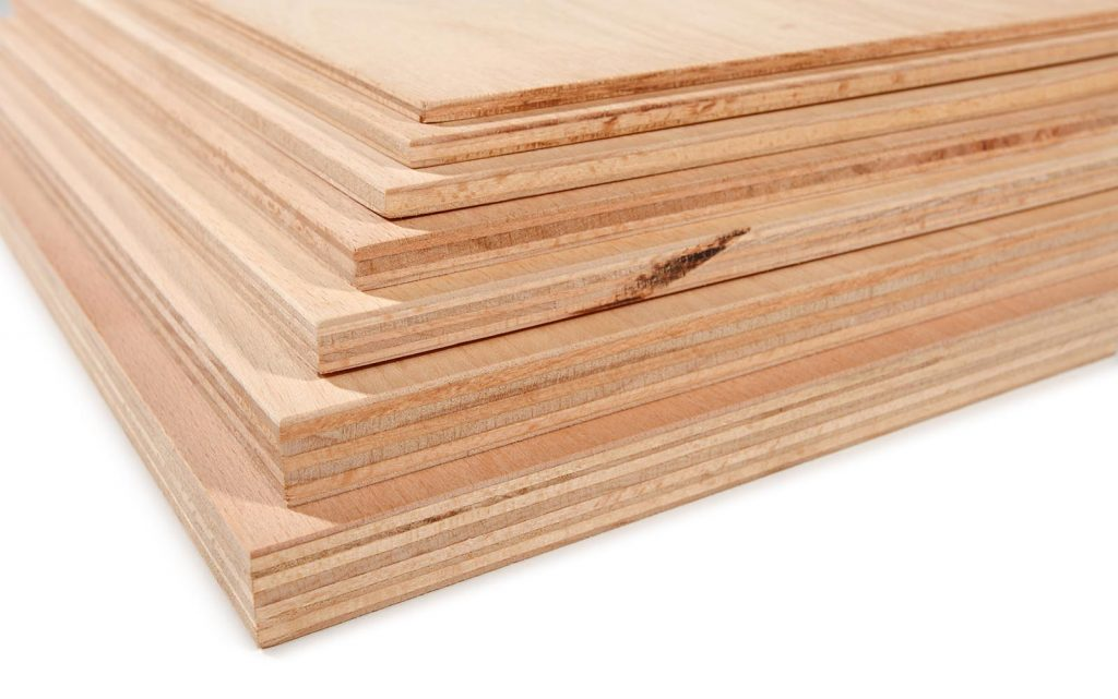 Panneaux bois contreplaqué okoumé à la découpe