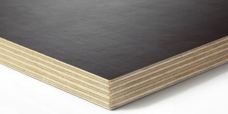 Panneaux bois contreplaqué filmé à la découpe